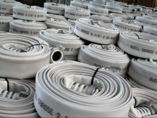 Stock department fire hose with internal rubber lining
