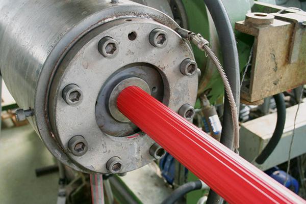 OSW Produktion Gummierung Extruder