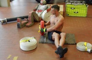 Toughest Videopost – Workout with Fire Fighter Posanz