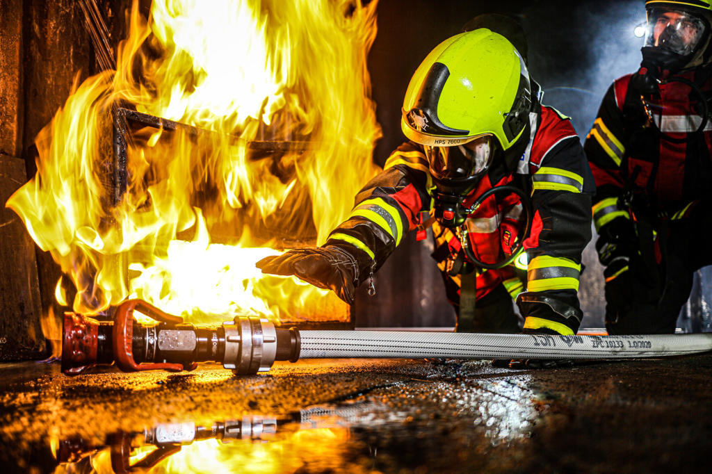 OSW Fire Fighting Hose Use